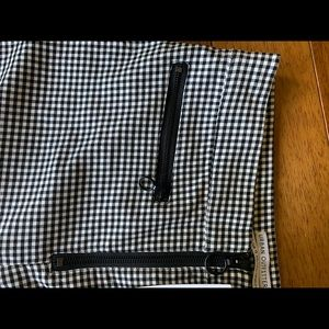 Urban Outfitters Pants - Urban Outfitters Black and White pants Size 8